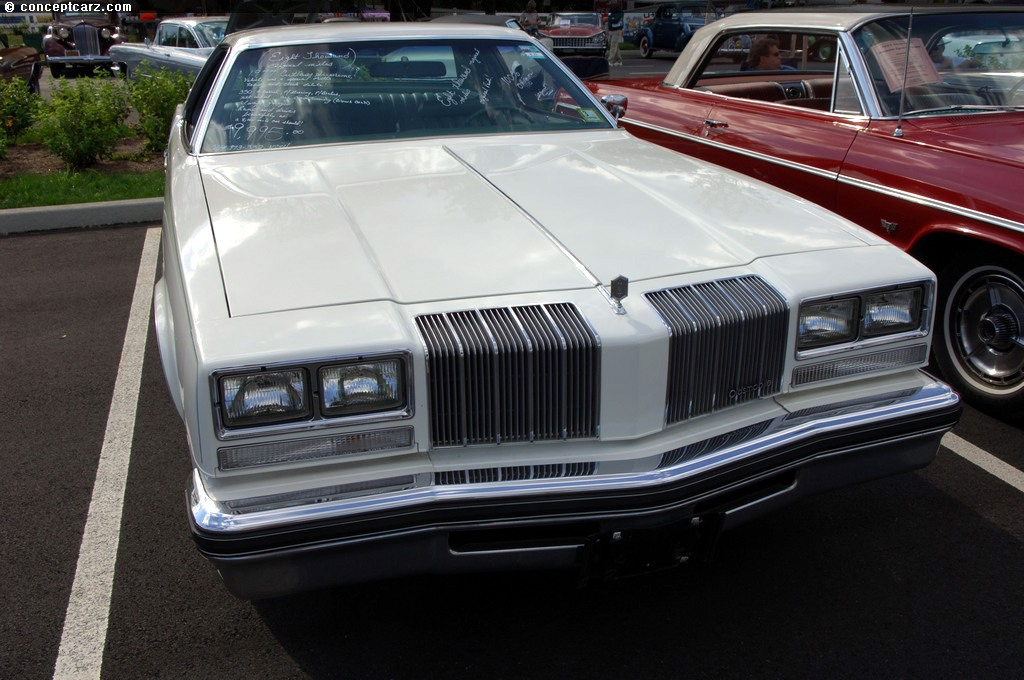 Oldsmobile Cutlass 1977 #1