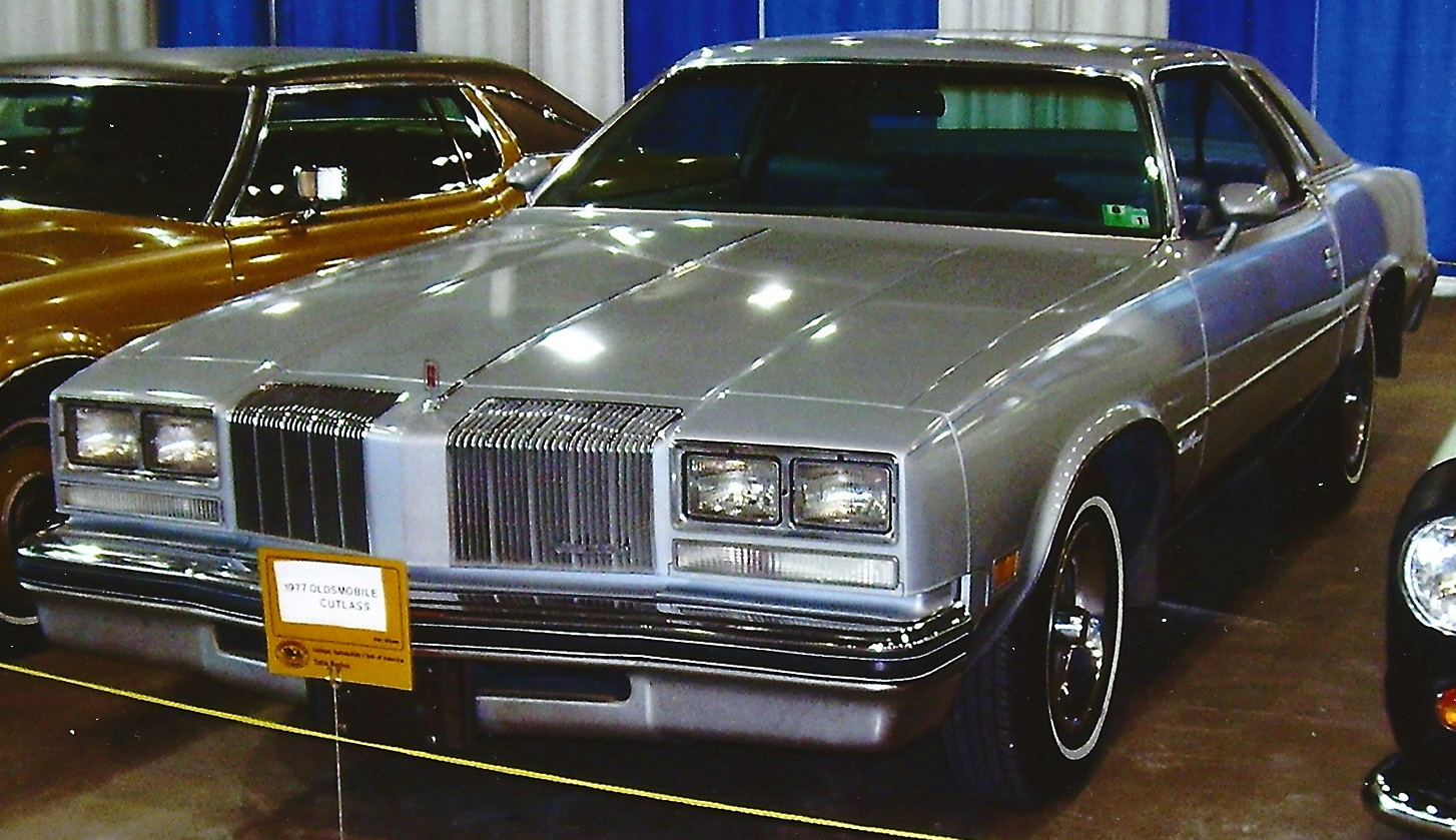 Oldsmobile Cutlass 1977 #12