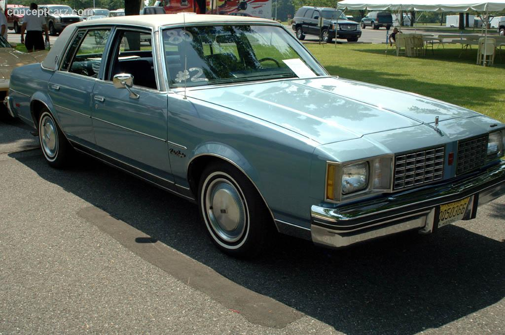 1980 oldsmobile cutlass information and photos momentcar for 1979 olds cutlass salon