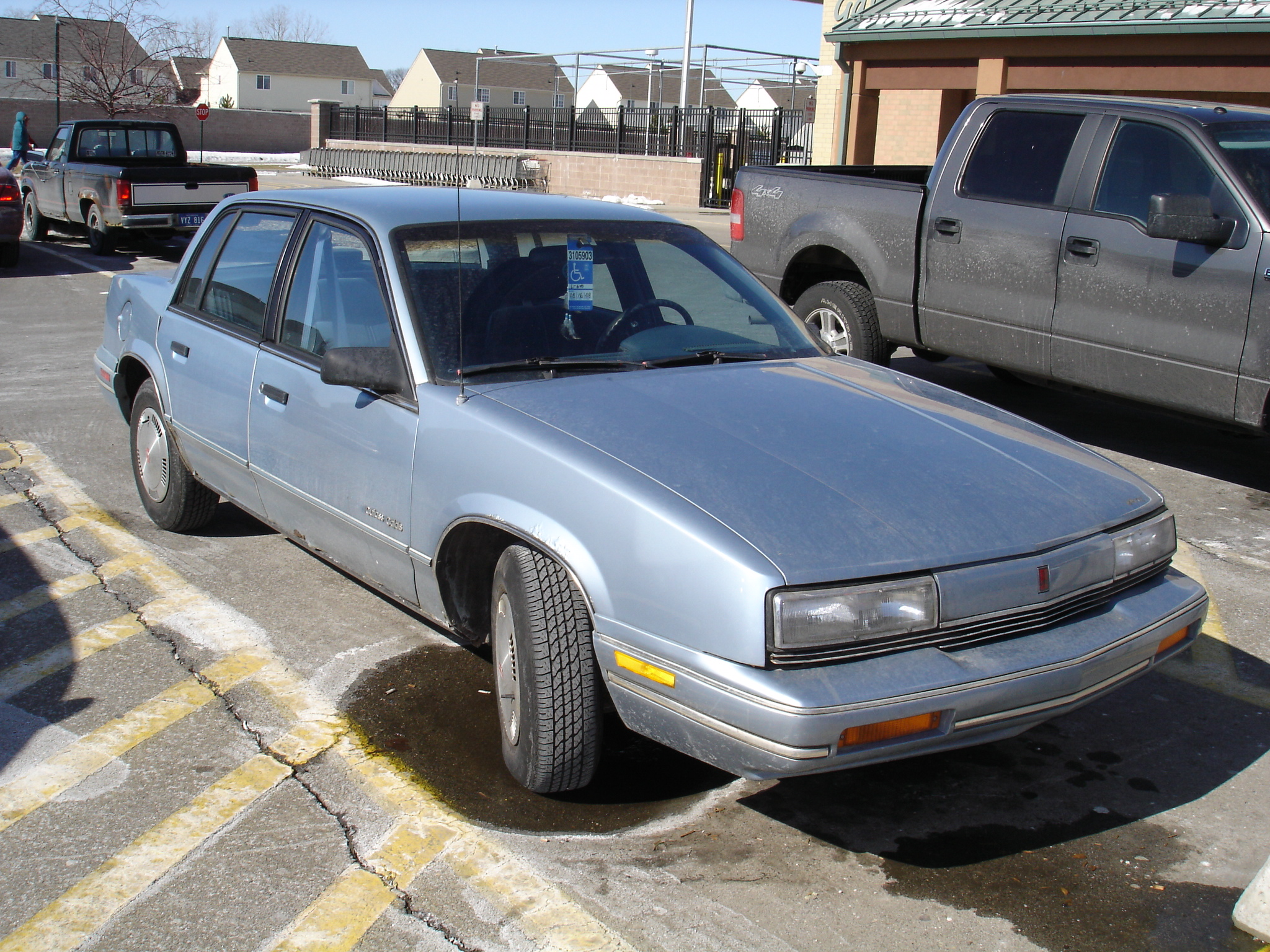 1989 oldsmobile cutlass calais information and photos momentcar. Black Bedroom Furniture Sets. Home Design Ideas