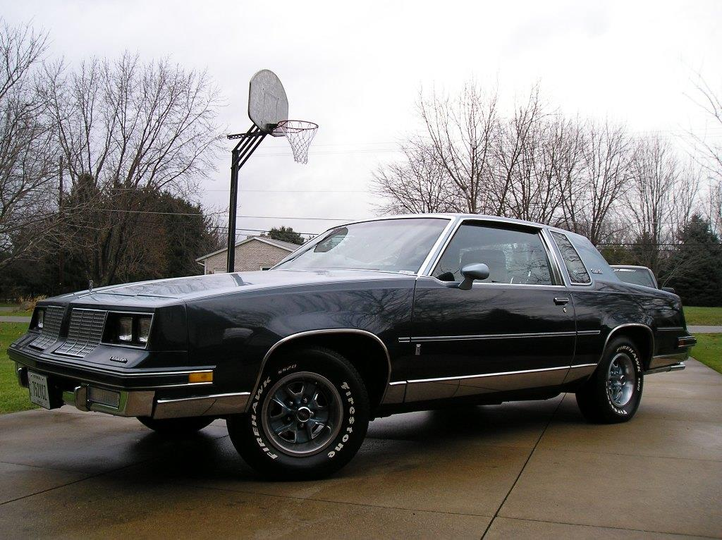 1985 oldsmobile cutlass salon information and photos