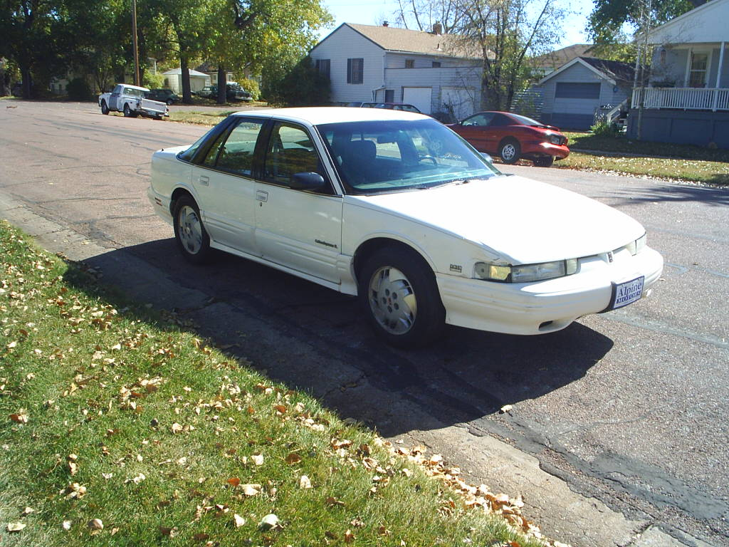 Oldsmobile Cutlass Supreme 1992 #2
