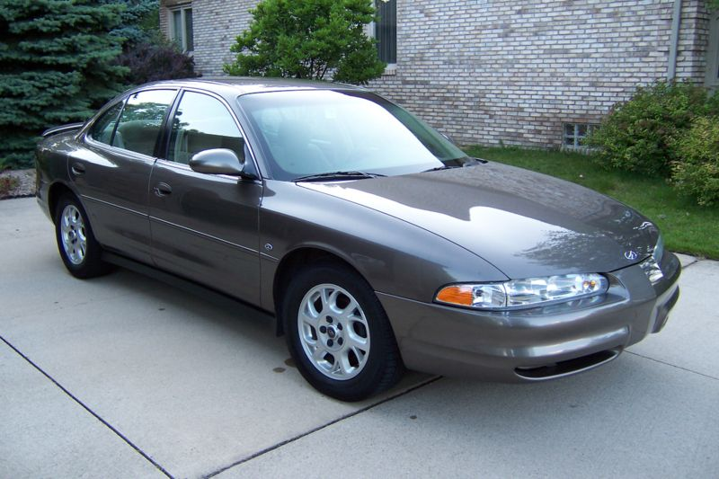 Oldsmobile Intrigue 2000 #10