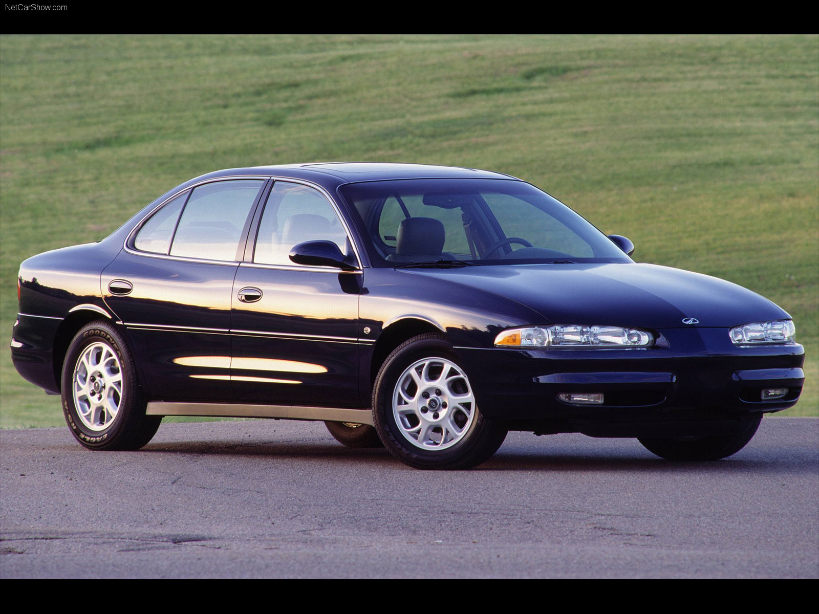 Oldsmobile Intrigue 2000 #3