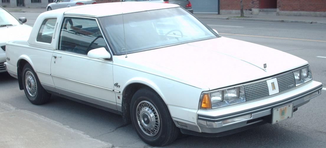 Oldsmobile Ninety-Eight #6