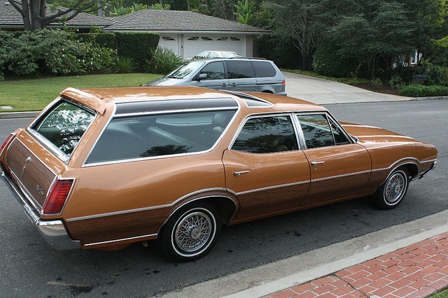 1972 Oldsmobile Vista Cruiser Information And Photos