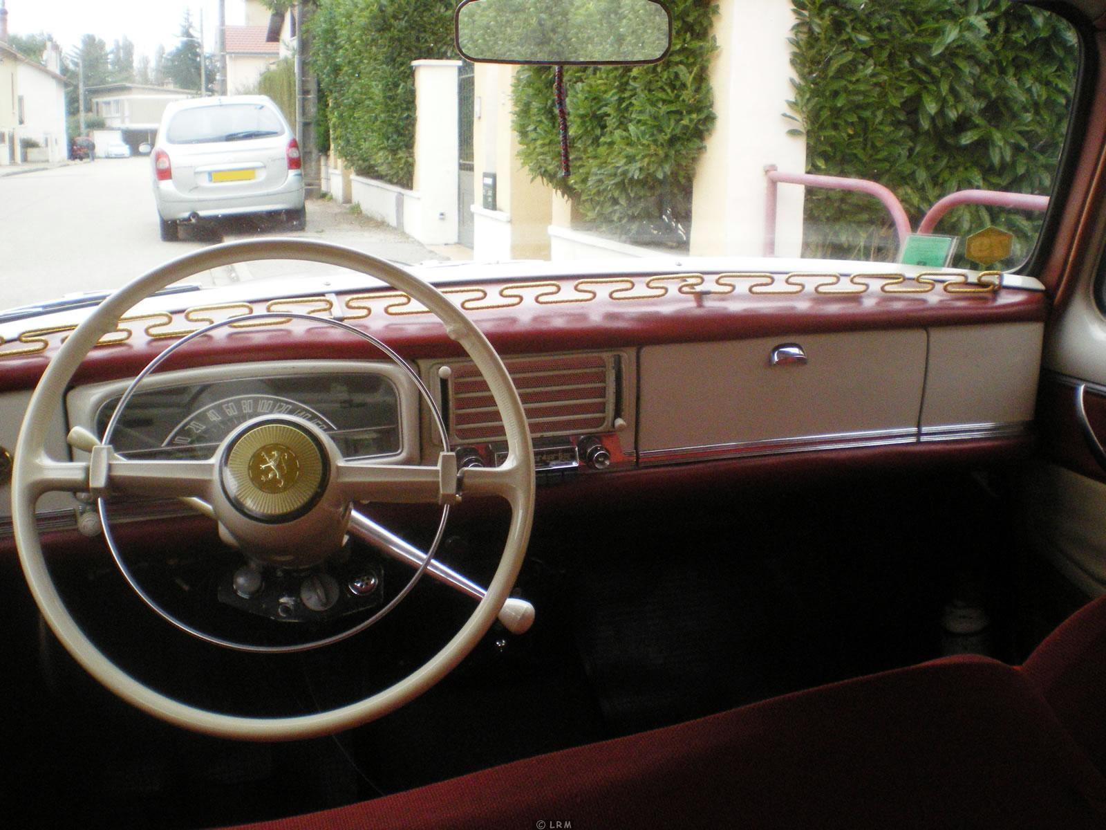 1962 peugeot 403 information and photos momentcar for Interieur 404