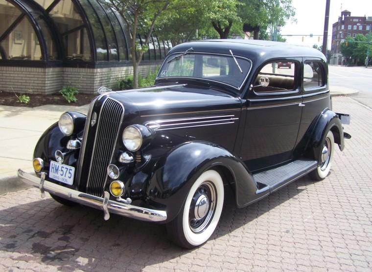1936 plymouth deluxe information and photos momentcar for 1936 plymouth 4 door
