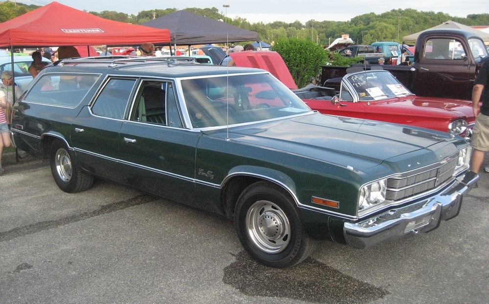 Plymouth Gran Fury #8