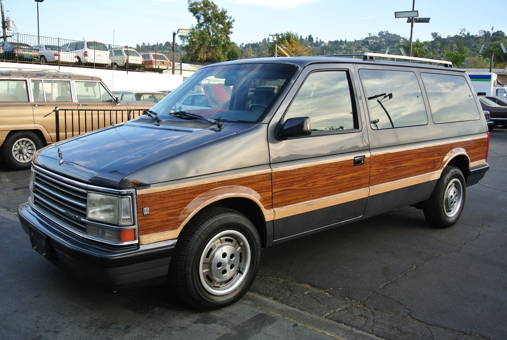 1988 Plymouth Grand Voyager Information And Photos