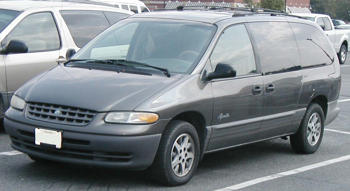 Plymouth Grand Voyager 2000 #2