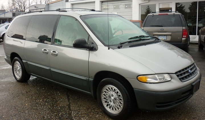 Plymouth Grand Voyager 2000 #6