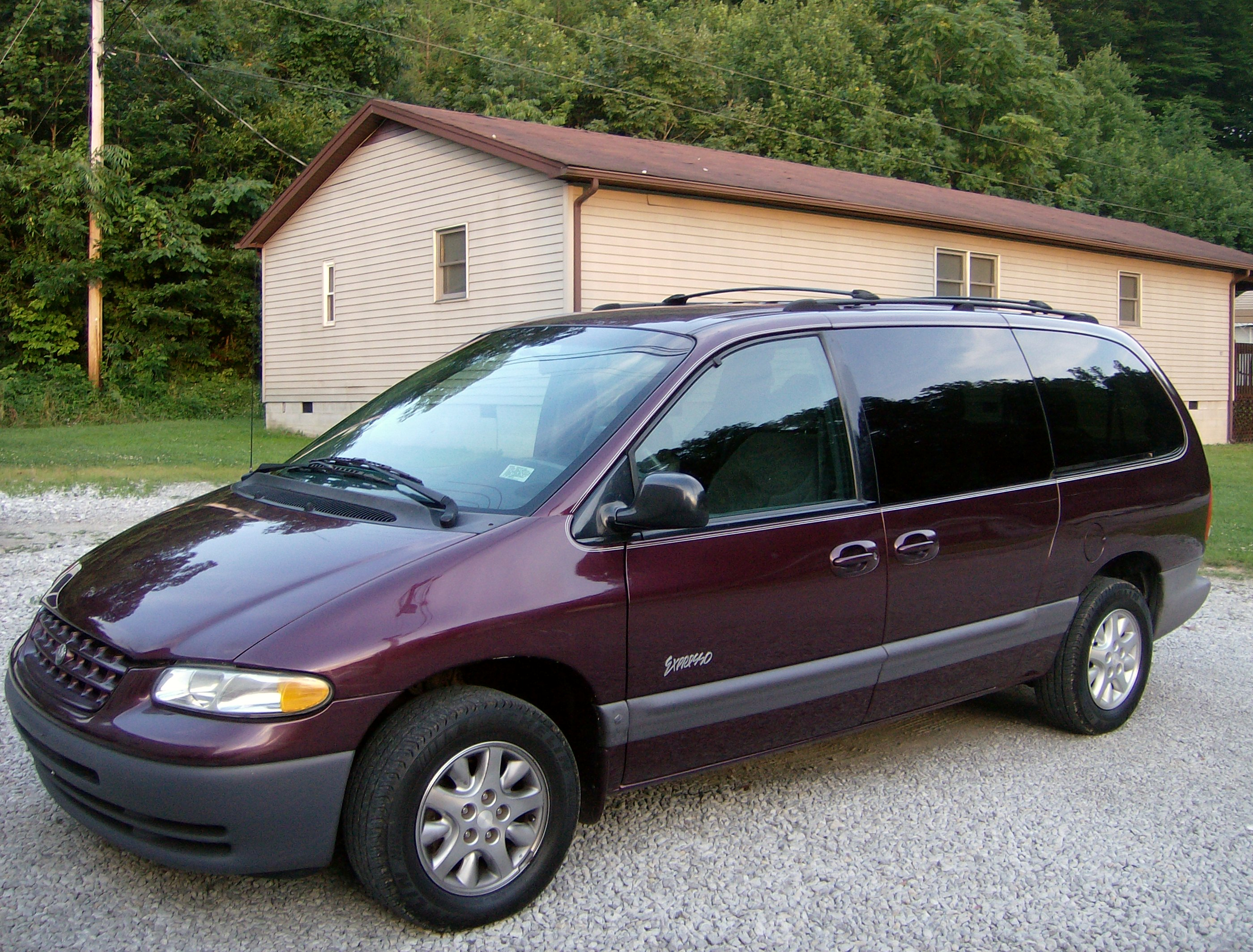 Plymouth Grand Voyager #9