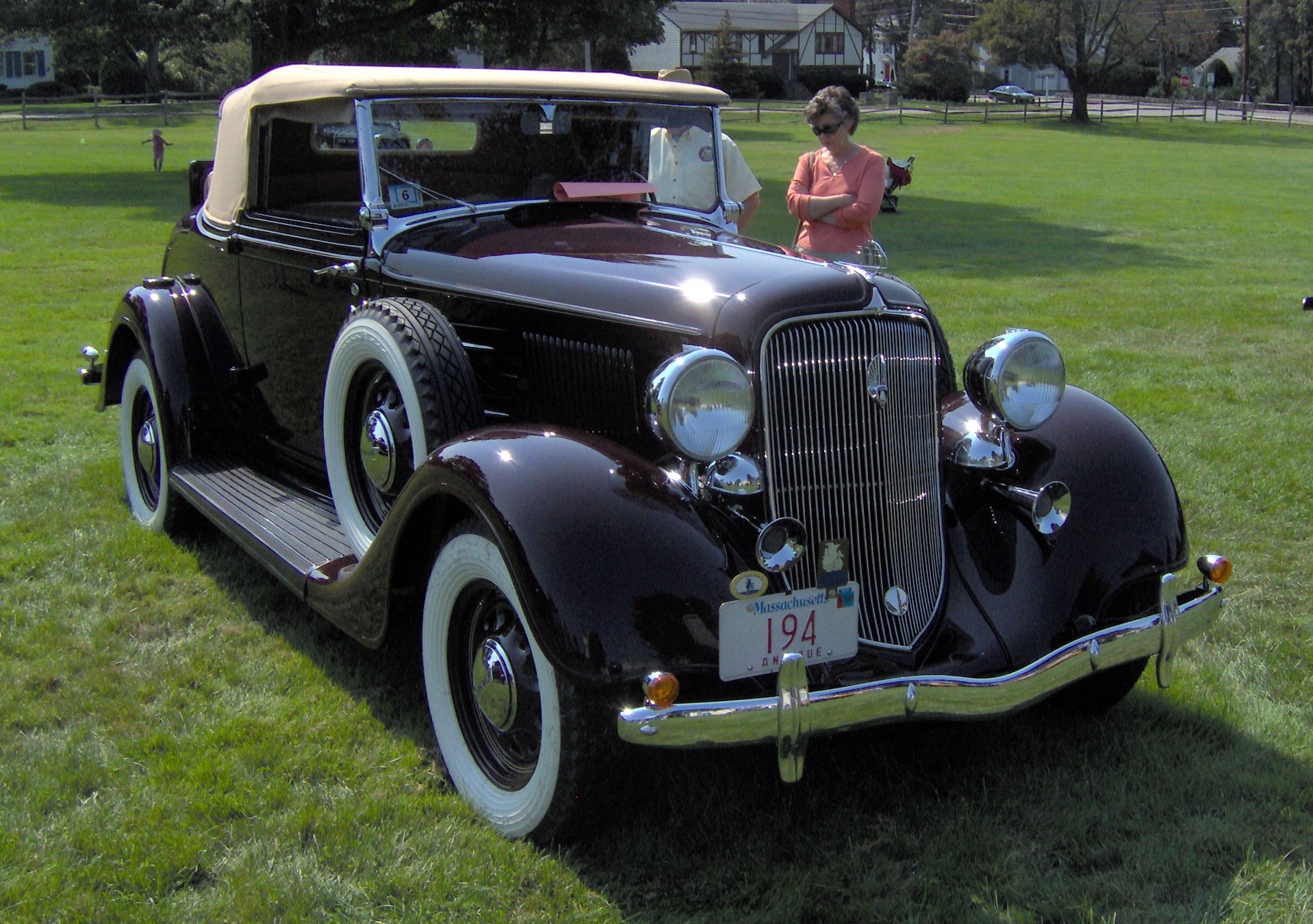 1934 Plymouth Standard PF - Information and photos - MOMENTcar