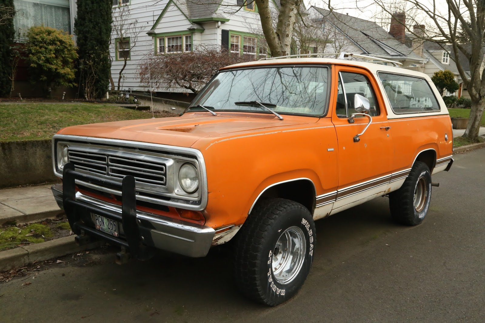 1975 Plymouth Trail Duster - Information and photos ...