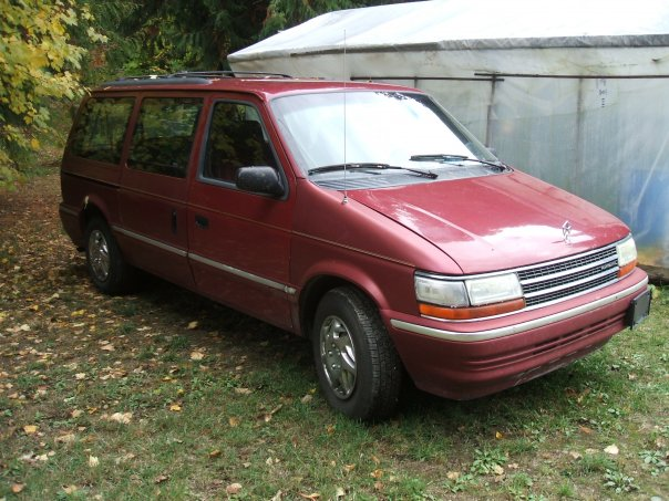Plymouth Voyager 1992 #8