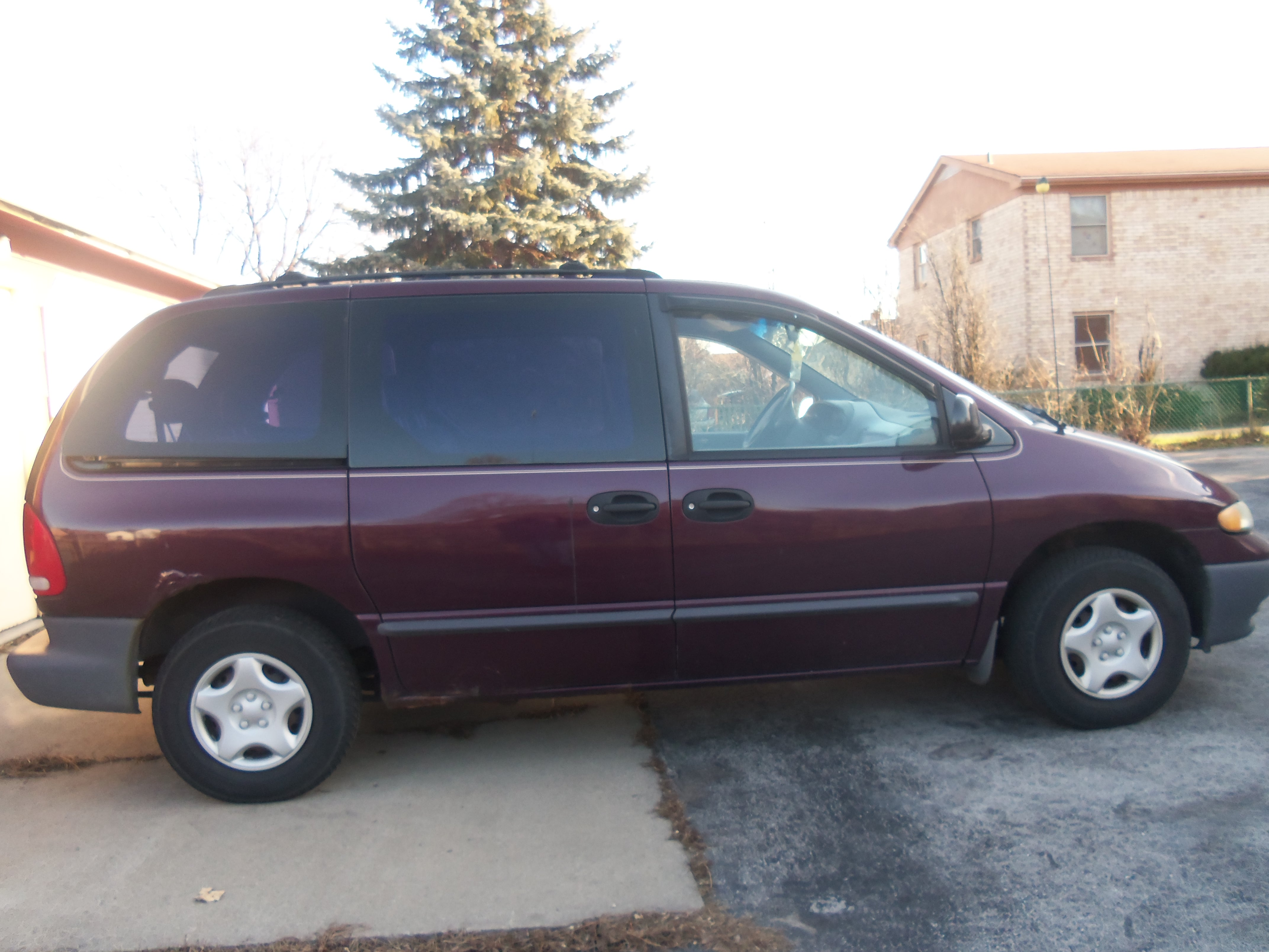 plymouth voyager 1999 10