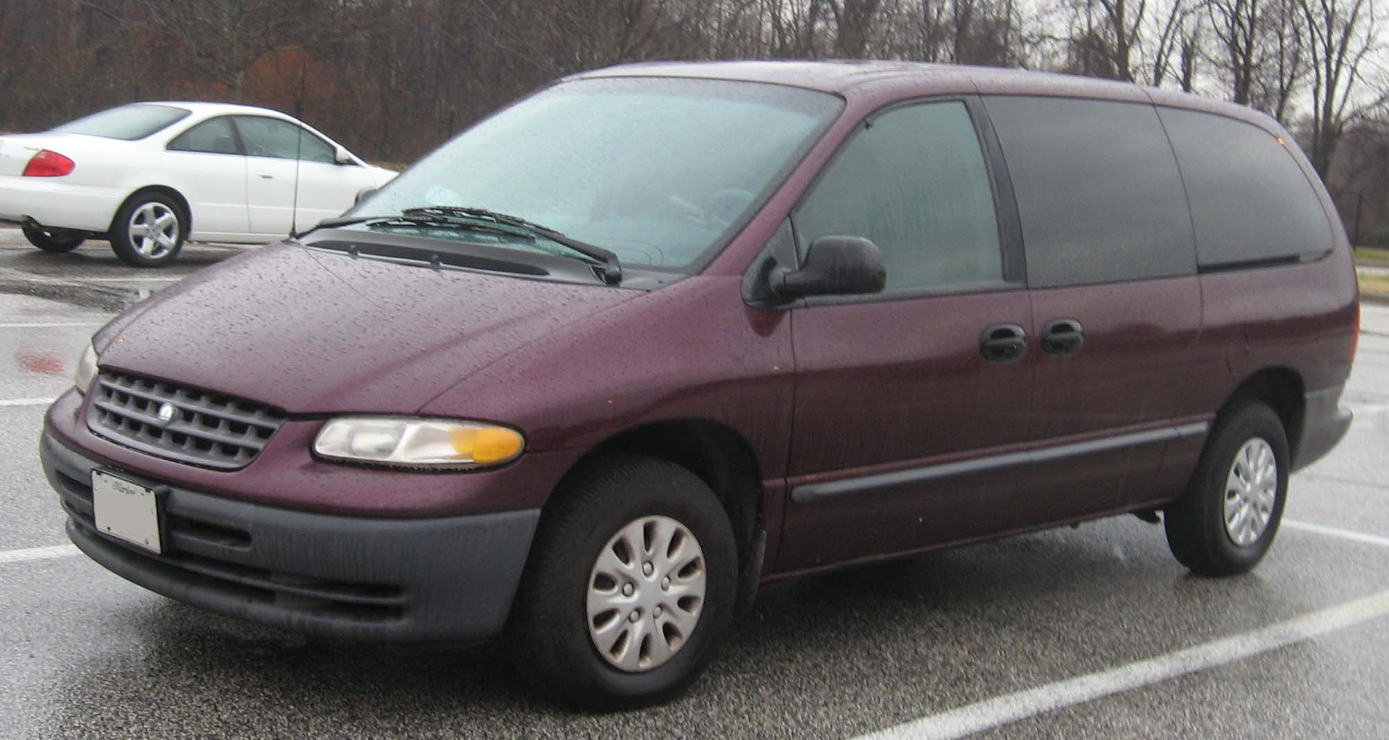 Plymouth Voyager 2000 #9