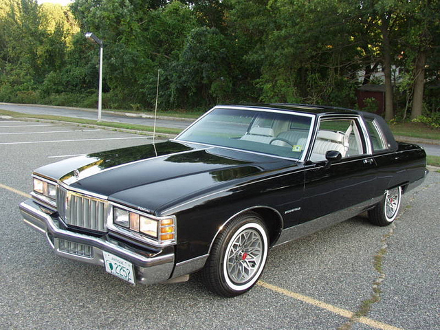Gmc Phoenix >> 1980 Pontiac Bonneville - Information and photos - MOMENTcar