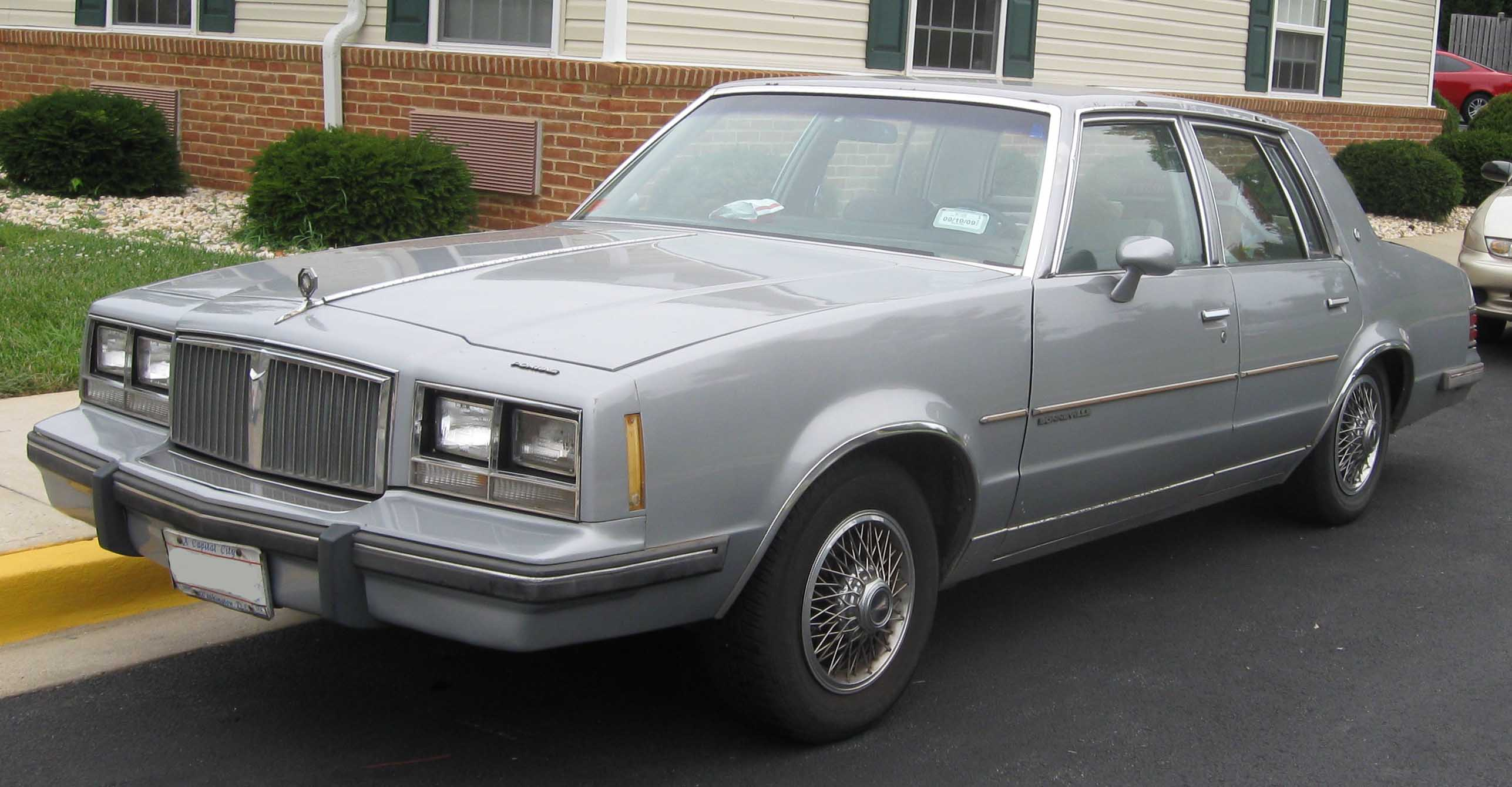 1983 Pontiac Bonneville - Information and photos - MOMENTcar