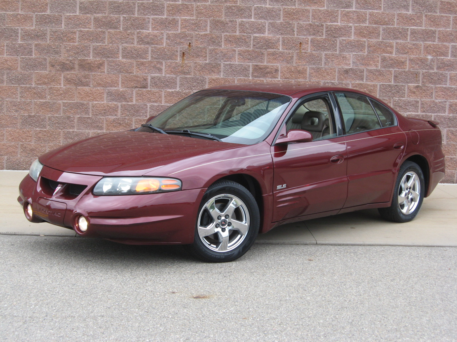 2002 Pontiac Bonneville Information And Photos Momentcar