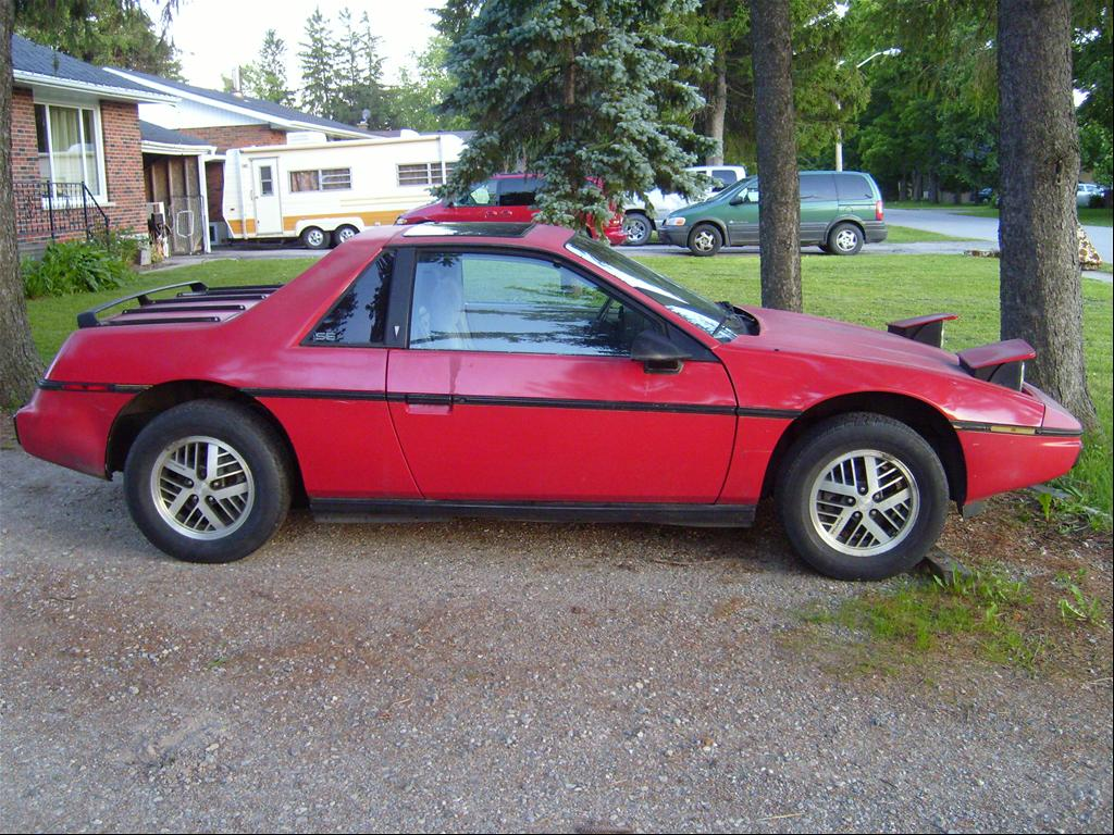 1984 pontiac fiero information and photos momentcar. Black Bedroom Furniture Sets. Home Design Ideas
