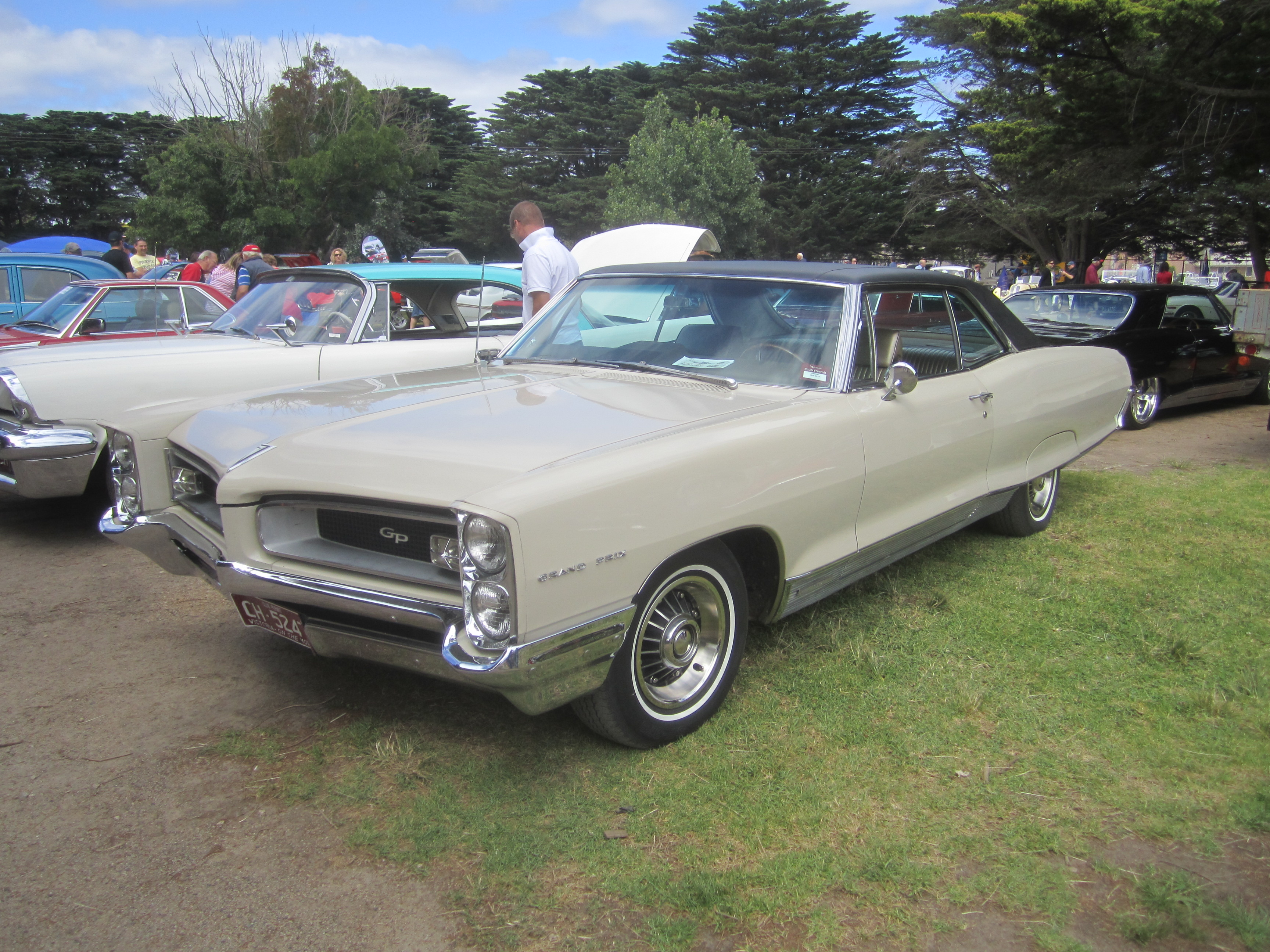 1966 pontiac grand prix information and photos momentcar. Black Bedroom Furniture Sets. Home Design Ideas