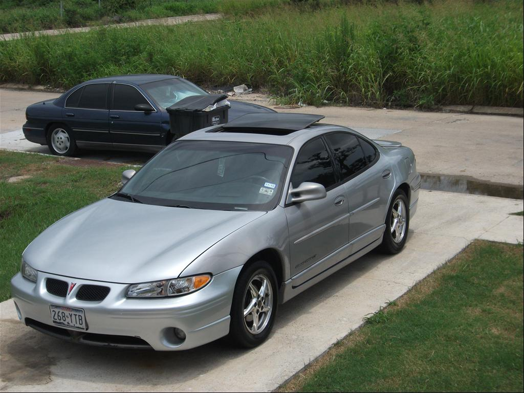 2000 pontiac grand prix information and photos momentcar. Black Bedroom Furniture Sets. Home Design Ideas