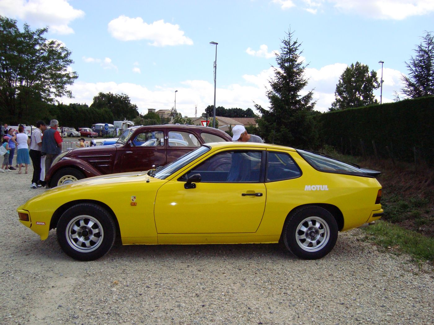 1981 Porsche 924 - Information and photos - MOTcar