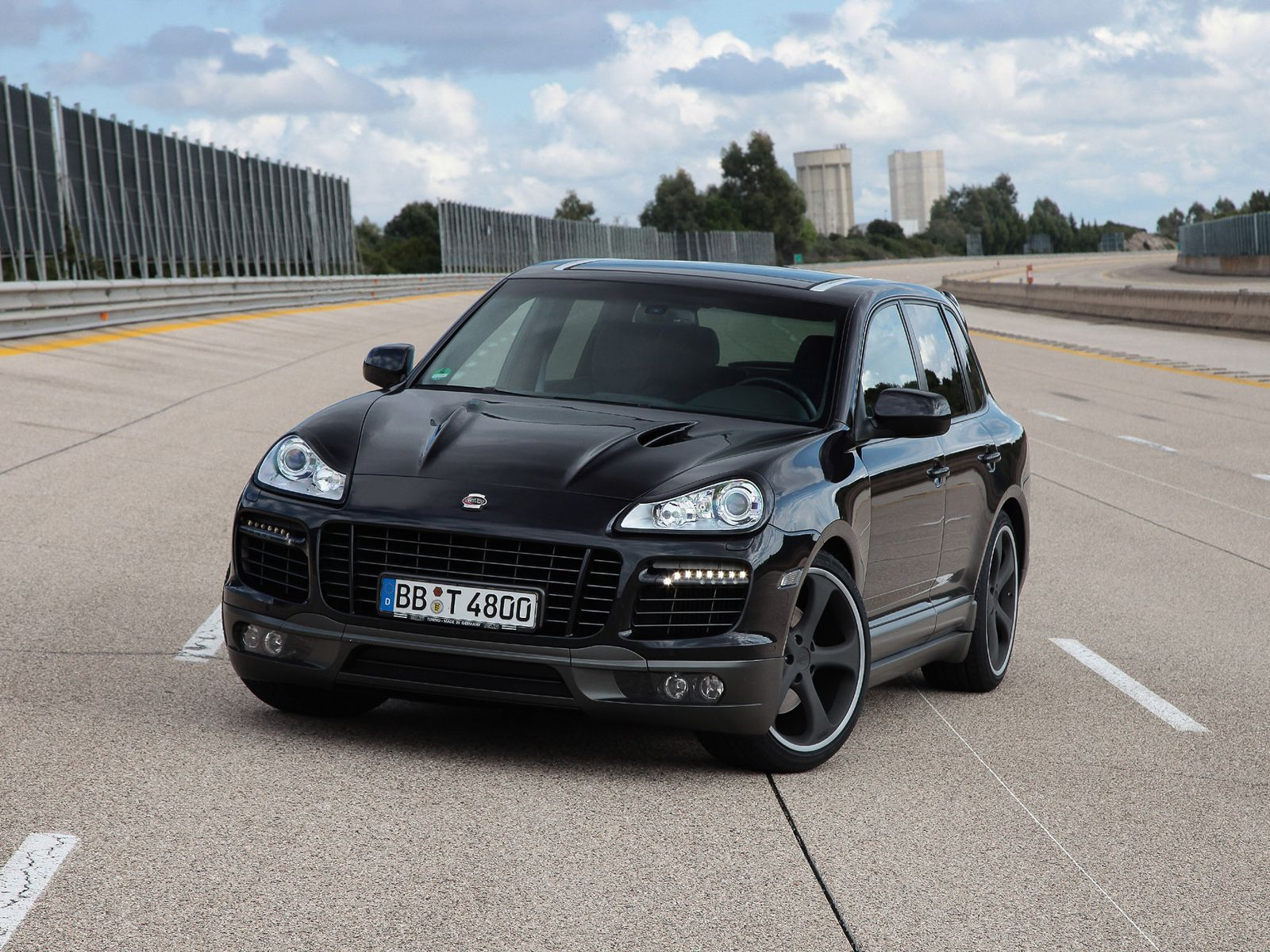 2009 porsche cayenne information and photos momentcar. Black Bedroom Furniture Sets. Home Design Ideas