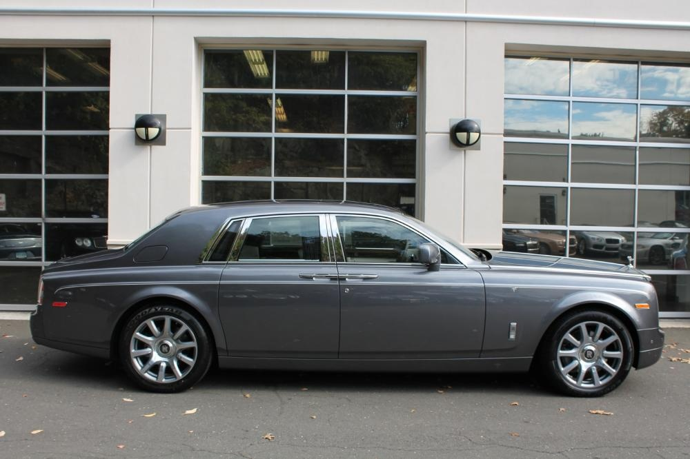Rolls-Royce Phantom Base #13