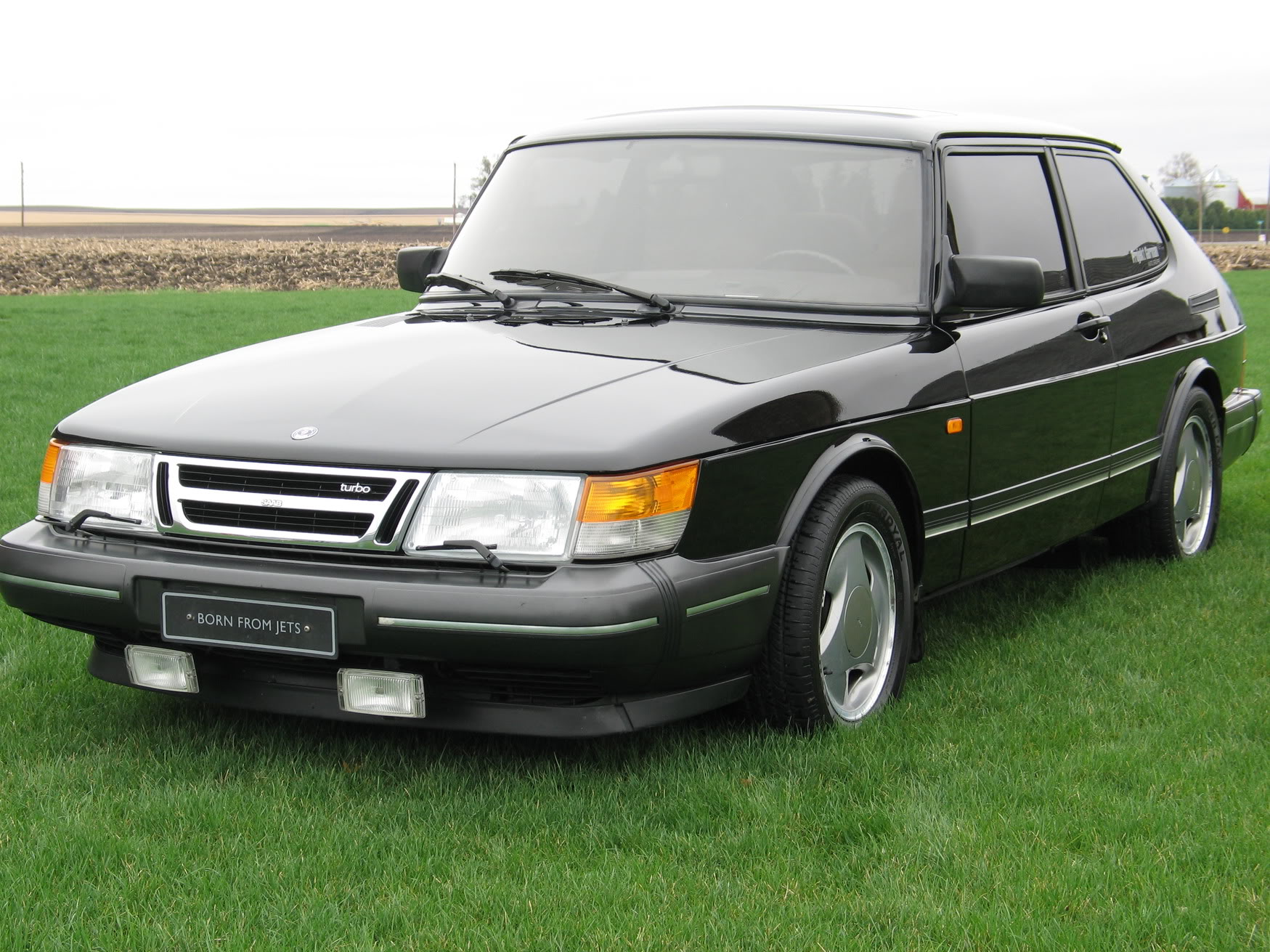 1993 Saab 900 - Information And Photos