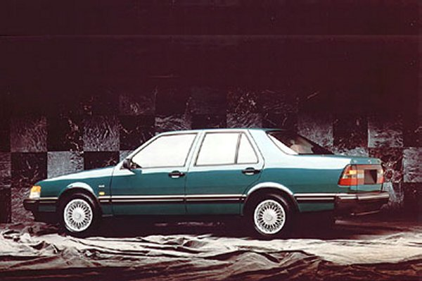 Saab 9000 CD Griffin #22