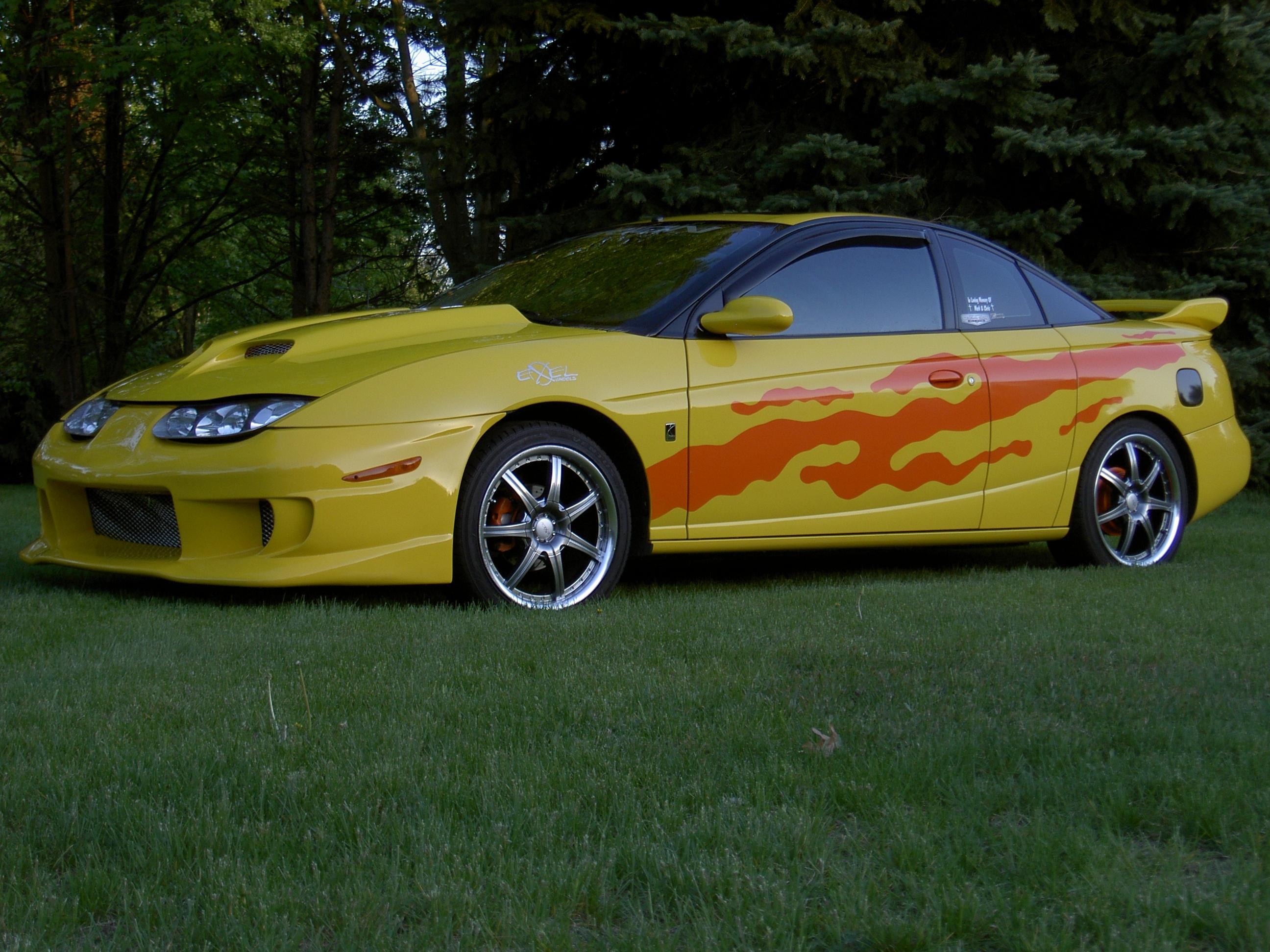 2001 Saturn S-series - Information And Photos