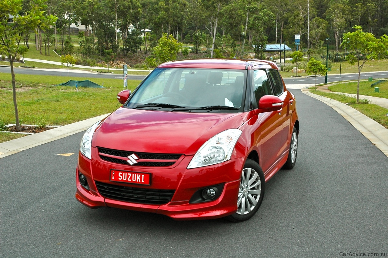Suzuki Swift GLX #7