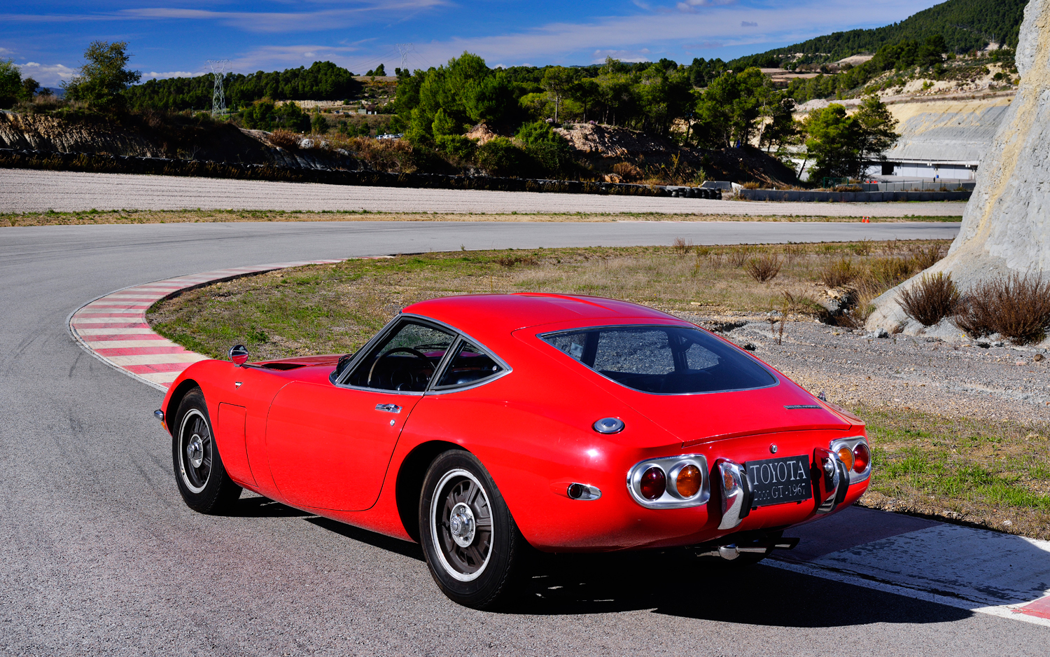 Toyota 2000 Gt 1614px Image 5