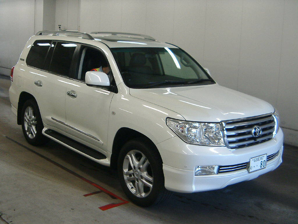 2010 toyota land cruiser information and photos momentcar. Black Bedroom Furniture Sets. Home Design Ideas