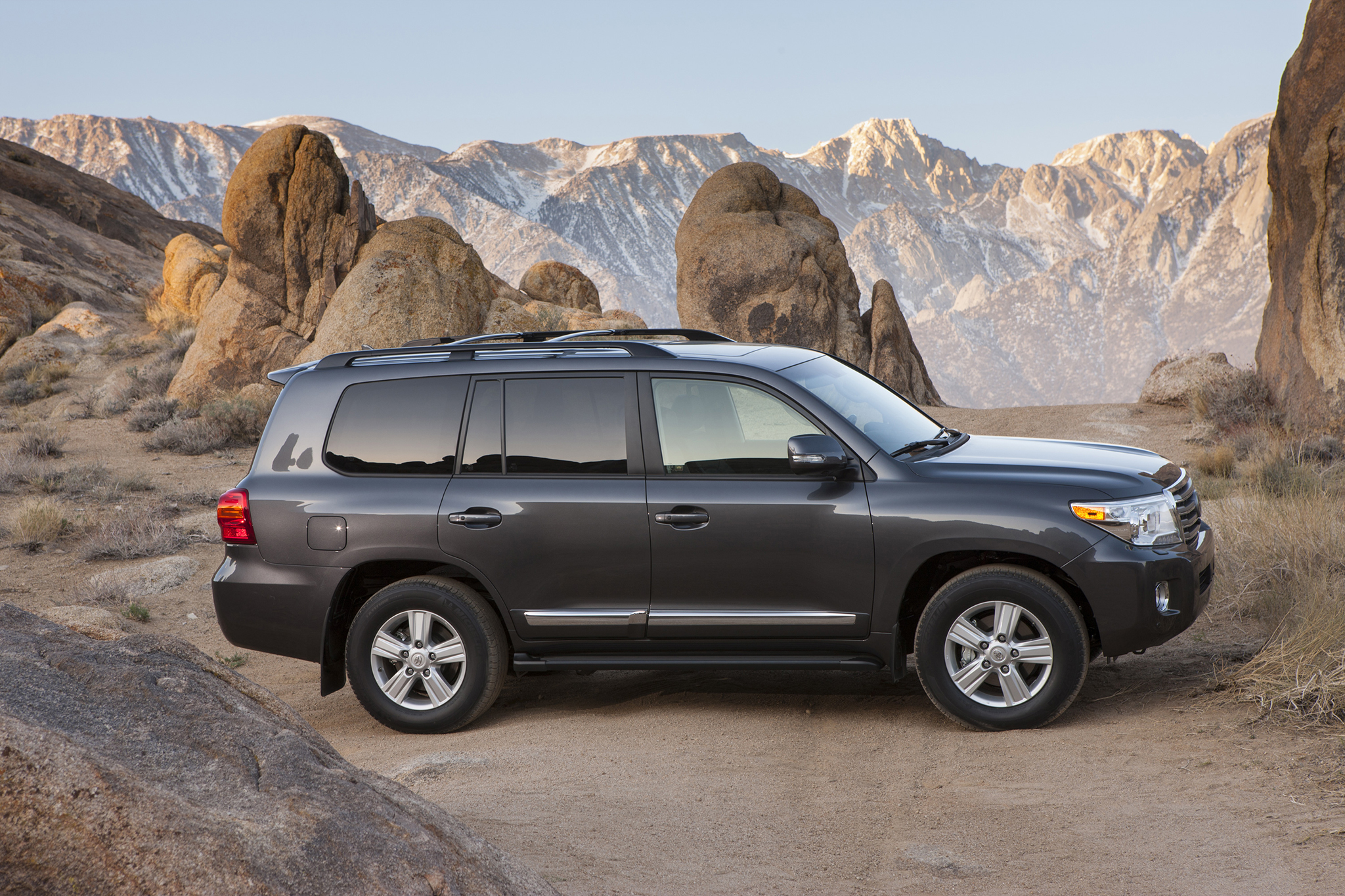 Toyota Land Cruiser 2014 #2