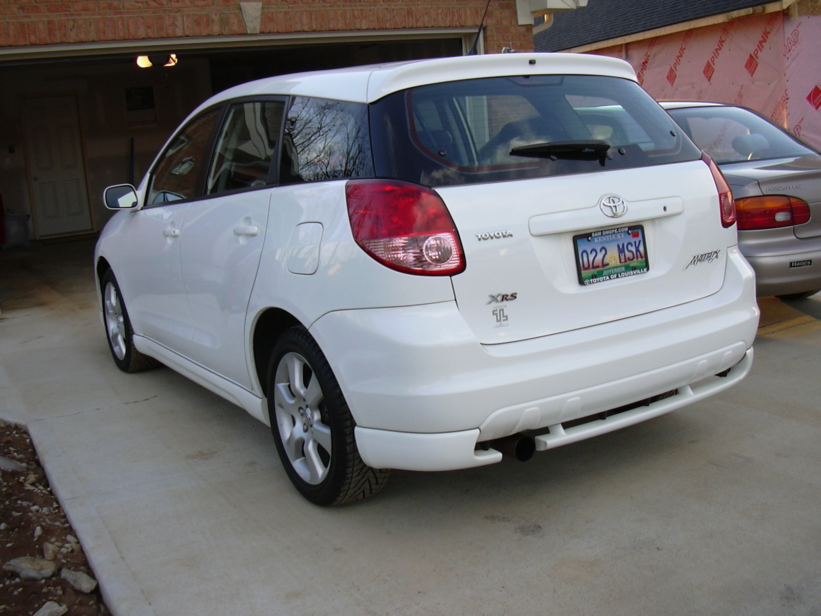 Download toyota-matrix-2003-3.jpg