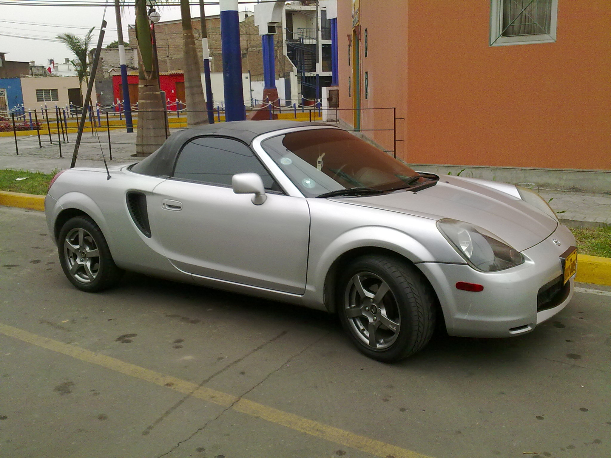 Toyota MR2 Spyder #3