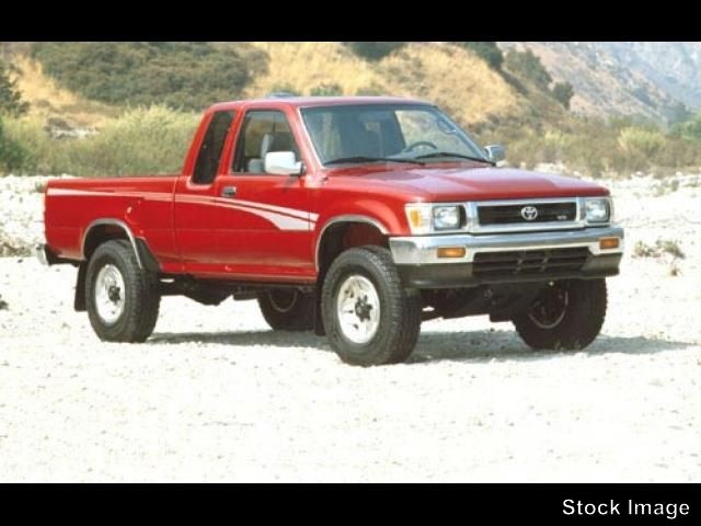 Toyota Pickup DX V6 #3