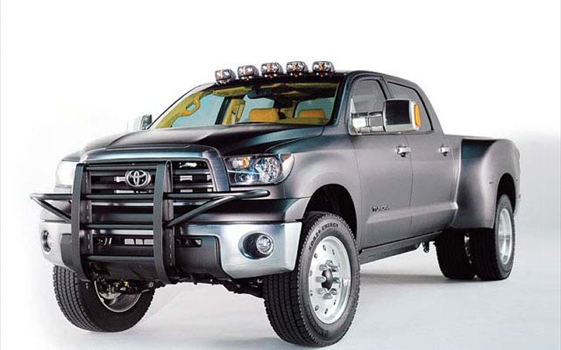 Toyota Pickup One Ton #9