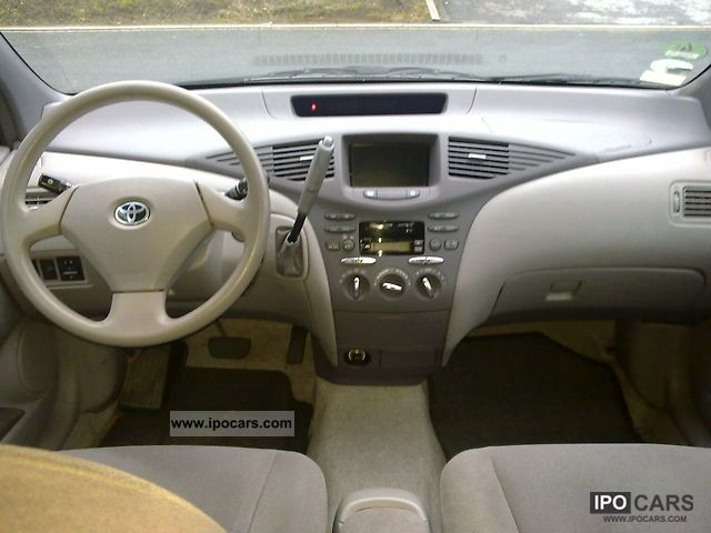 2001 Toyota Prius - Information and photos - MOMENTcar
