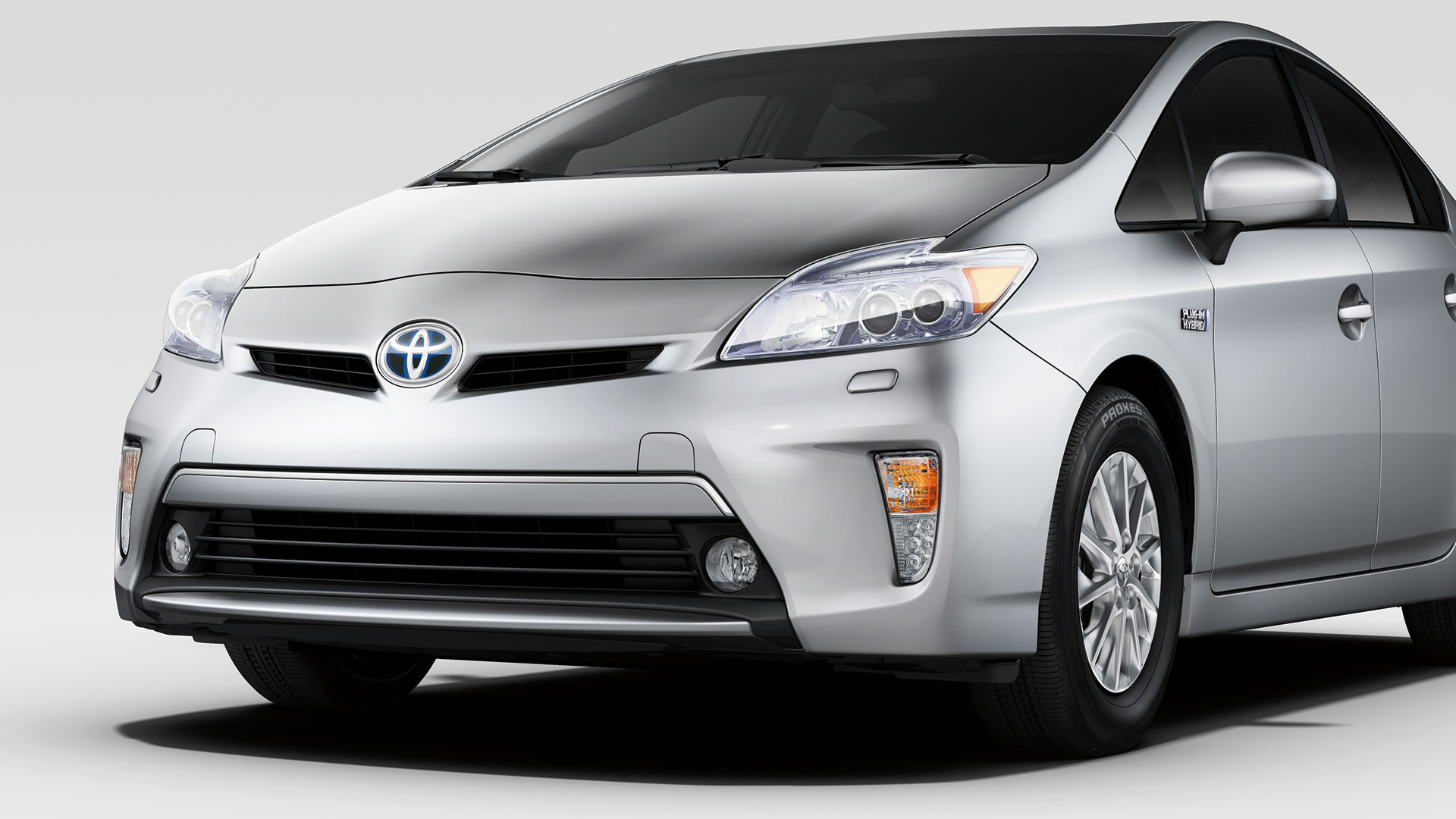 2014 toyota prius plug in information and photos momentcar. Black Bedroom Furniture Sets. Home Design Ideas