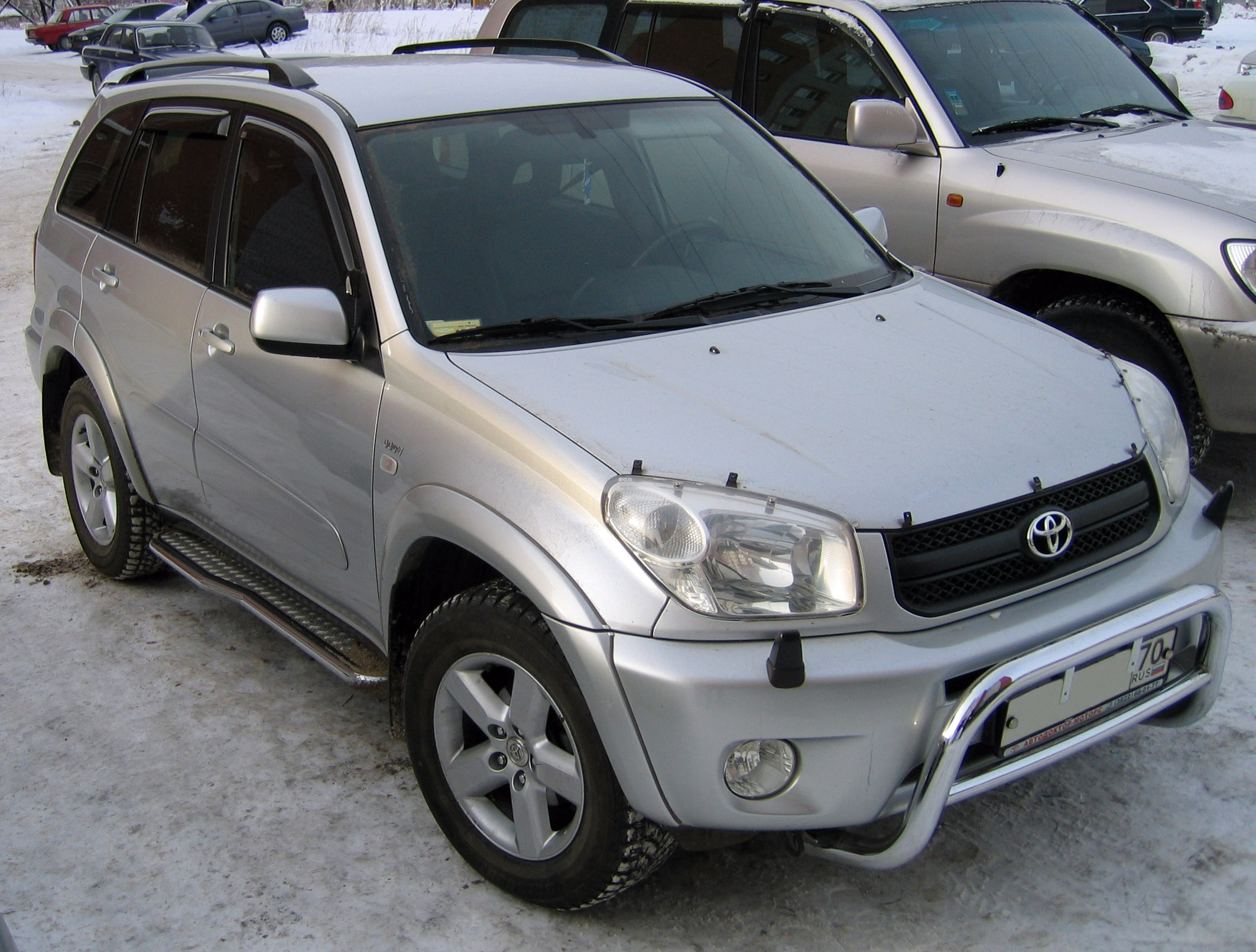 2004 toyota rav4 information and photos momentcar. Black Bedroom Furniture Sets. Home Design Ideas