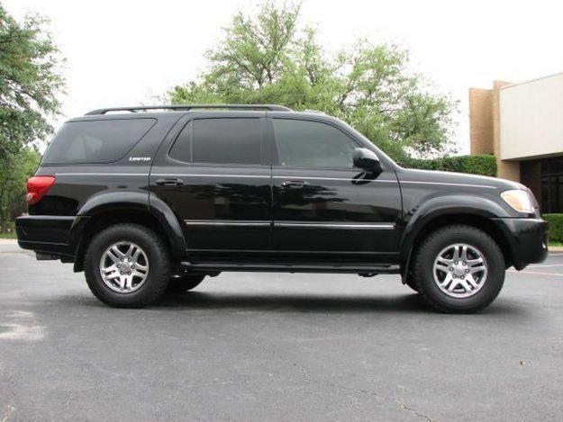 2005 toyota sequoia information and photos momentcar. Black Bedroom Furniture Sets. Home Design Ideas