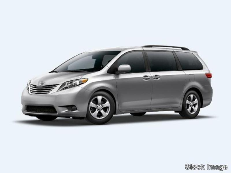 Toyota Sienna LE 7-Passenger Mobility Auto Access #42
