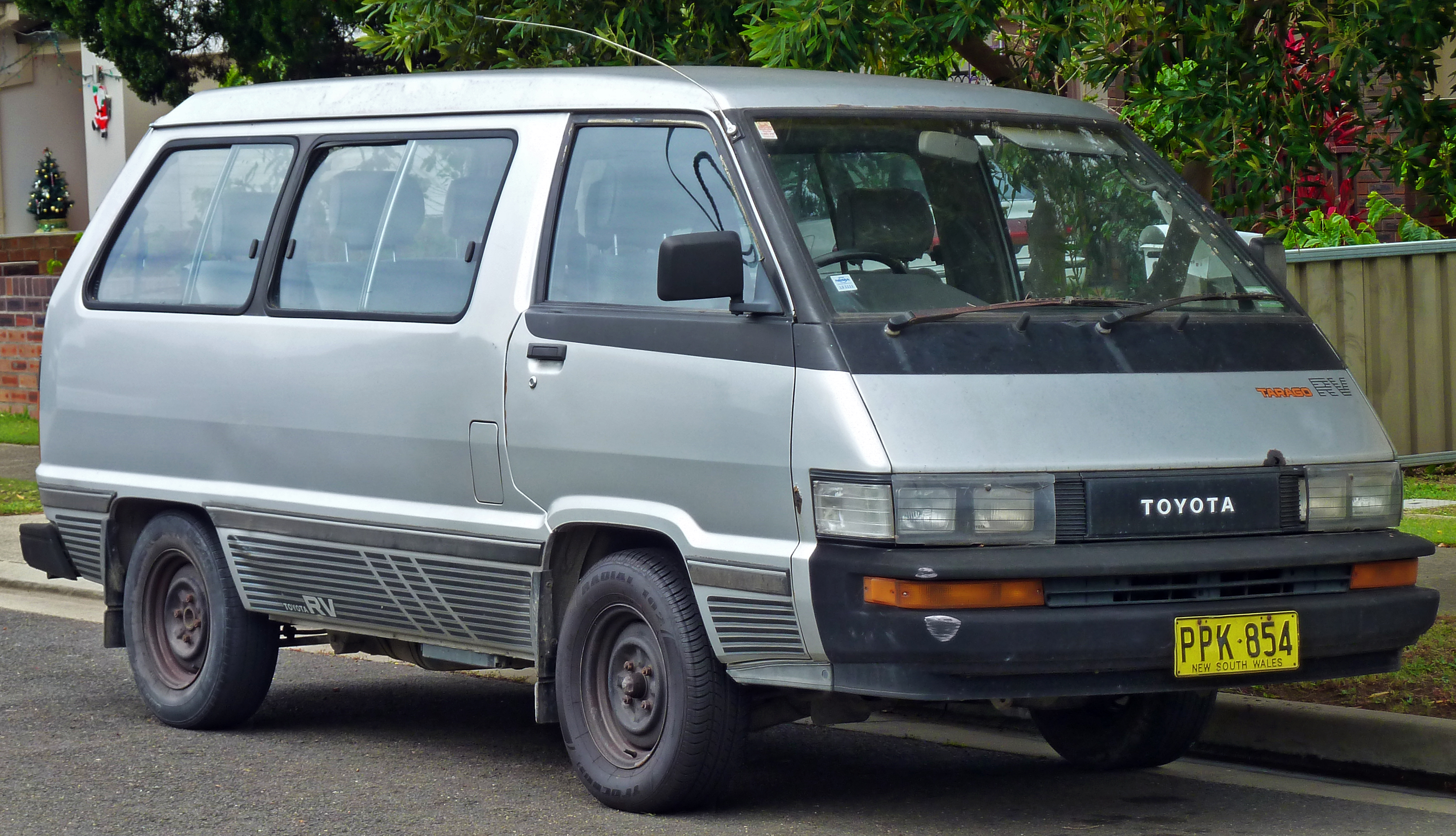 Toyota Van Information And Photos Momentcar