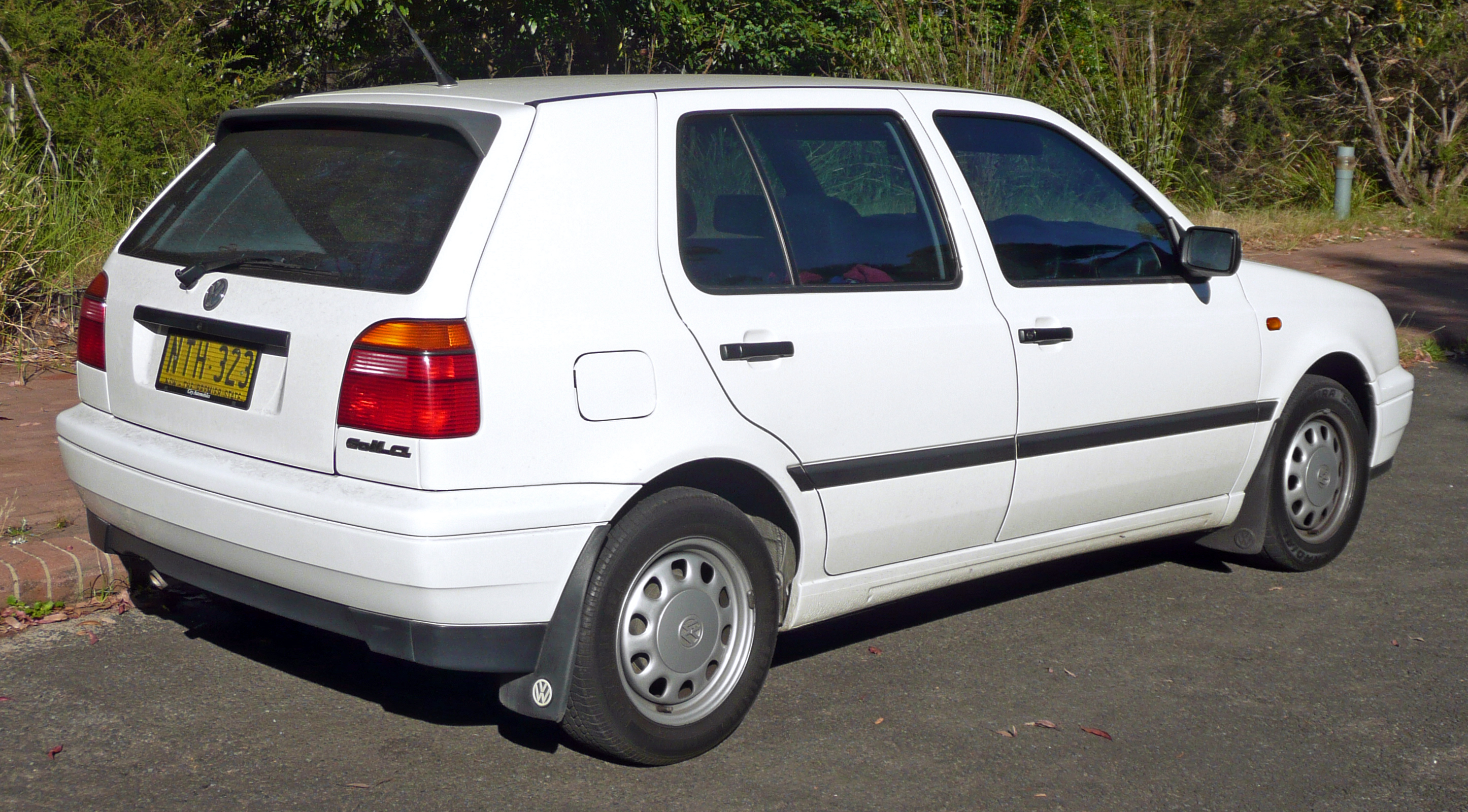 Used 1996 Volkswagen Golf Pricing & Features | Edmunds