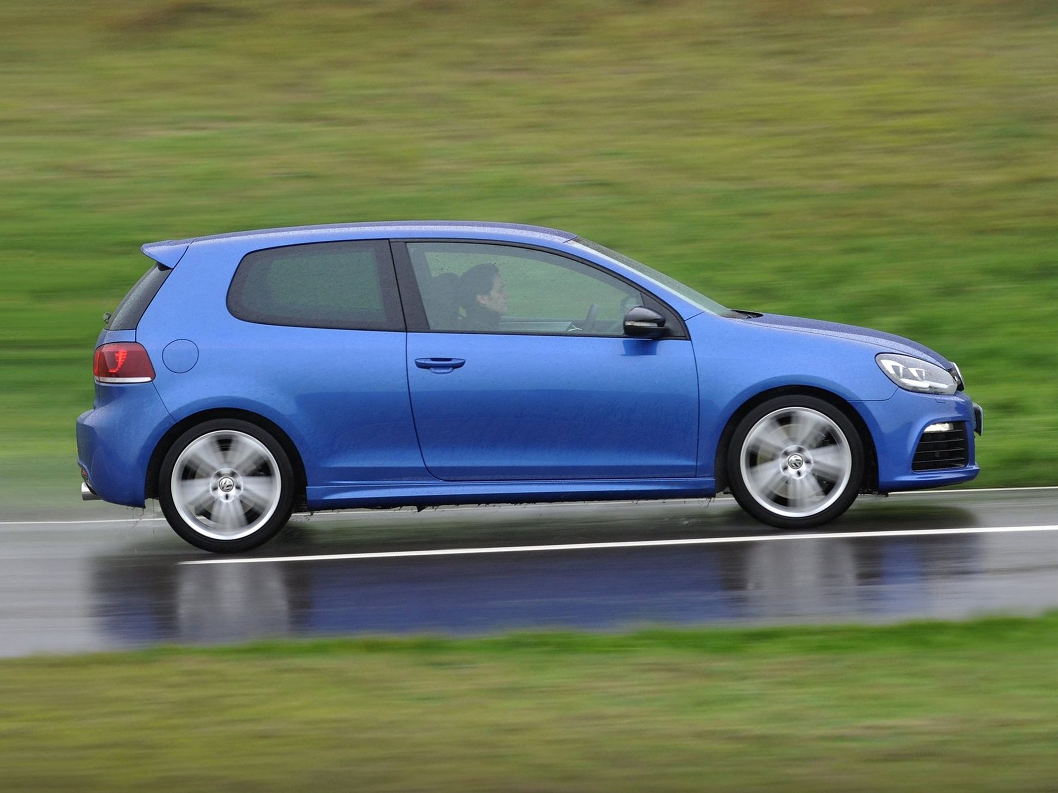 Volkswagen Golf R Base #10
